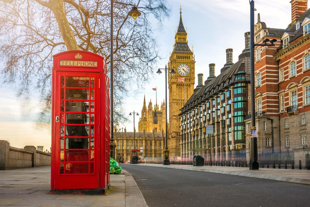"""Los miles de personas en Reino Unido propietarias de apartamentos """"que no valen nada"""""""